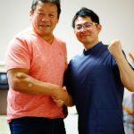 藤波辰爾様と院長との写真